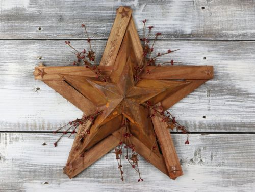Pip Berry Barn Star Wall Plaque